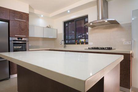 armoire cuisine: La nouvelle cuisine chambre Banque d'images