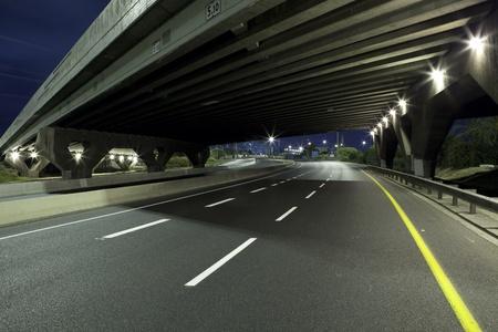 ramat aviv: Empty freeway at night