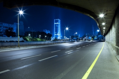 road marking: Empty freeway at night