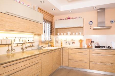 Luxus-Küche mit Marmor-Elemente Standard-Bild - 14447233
