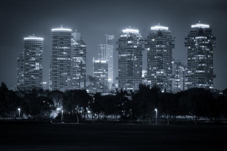 Luxus-Gebäude in Tel Aviv, Schwarz und Weiß Getönt - Nord Tel Aviv Lizenzfreie Bilder
