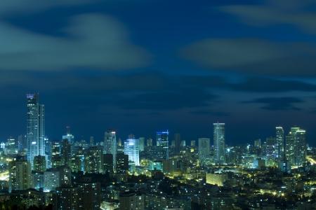 Tel Aviv und Ramat Gan Skyline bei Nacht Standard-Bild - 14479643