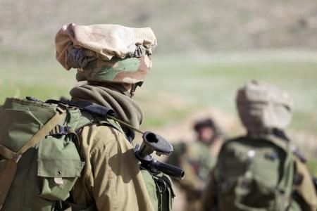 イスラエル国防軍の訓練の間に空挺旅団 写真素材