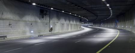 Empty freeway at night Stock Photo - 19900290
