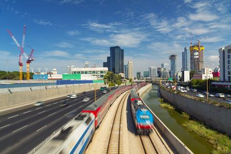 ramat aviv: Tel Aviv And Ramat Gan Cityscape - Ayalon Freeway At Day Stock Photo