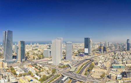 テル ・ アビブおよび日 Ramat Gan のスカイラインのパノラマ撮影。 電話テルアビブ市街空撮