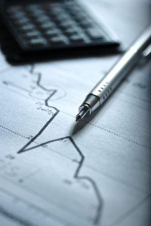 diagramu gospodarki w kryzys z Kalkulatora planu z tyłu