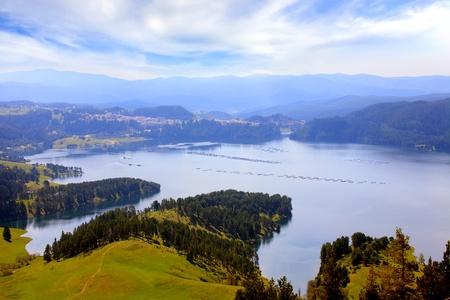 bułgarski Dospat Dam panoramiczny widok na jezioro
