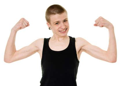 hombre flaco: divertido adolescente flaco muestra b�ceps