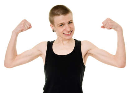 muscle shirt: divertido adolescente flaco muestra b�ceps