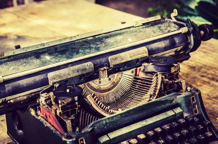close up of typewriter vintage retro styled Standard-Bild