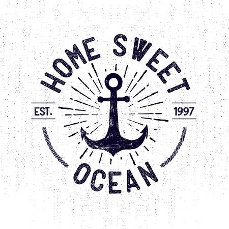bateau voile: Main monochrome dessinée label marin vintage, vêtements vêtements impression, insigne rétro illustration vectorielle avec ancre, starburst, et le lettrage.