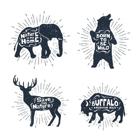 Insignes vintage texturés dessinés à la main sertie d'illustrations vectorielles éléphant, ours, cerf et buffle et lettrage source d'inspiration.