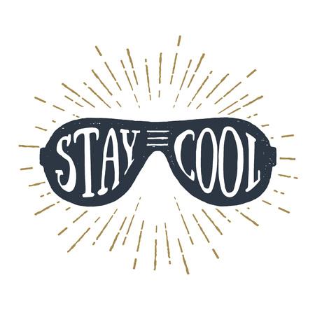 """Hand getrokken 90s thema badge met zonnebril structuur vector illustratie en """"Stay Cool"""" inspirerende belettering."""