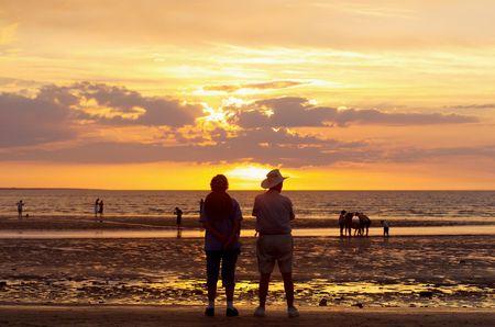 Sunset viewing, Mindil Beach, Darwin, Northern Territory, Australia