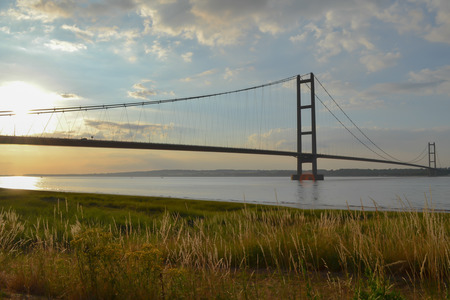 yorkshire and humber: An image of the humber bridge