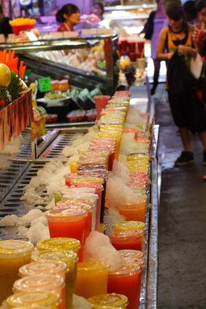 boqueria: boqueria market cups