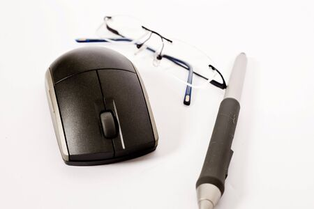 spectacle: mouse, pen and spectacle on isolated     Stock Photo