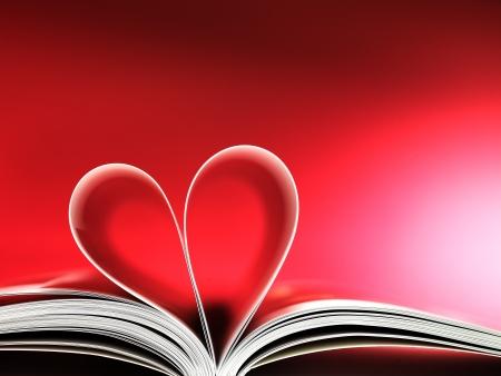 historias biblicas: páginas de un libro curvada en forma de corazón Foto de archivo