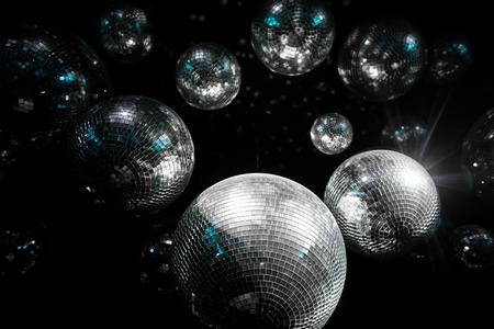 Mirror ball Illumination