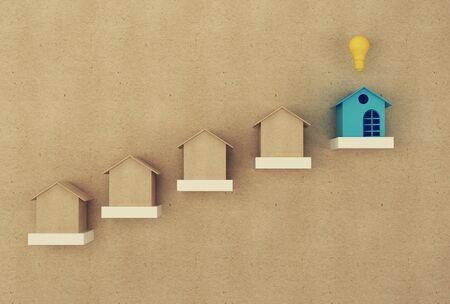 Finanzmanagementkonzept: Haus und Finanz sparen Geld für den Wohnsitz. Immobilieninvestment Immobilien und Haushypothek Standard-Bild