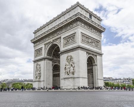triumphe: PARIS, FRANCE, 20 MAY 2012 - Arc de Triumph in Paris