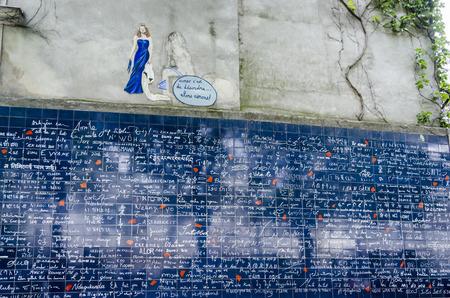 De I Love You Wall, een kunstwerk bedacht door Frdric Baron en Claire Kito. De woorden