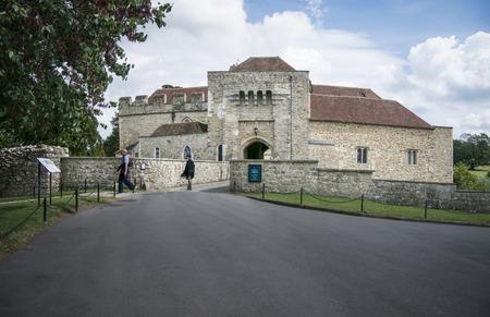 gatehouse: LEEDS CASTLE, KENT, UK, 21 AUGUST 2015 - Entrance to Leeds Castle and gatehouse Editorial
