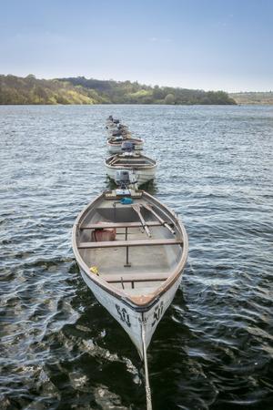 weald: boats on Bewl Water reservoir in High Weald, Kent, UK Stock Photo