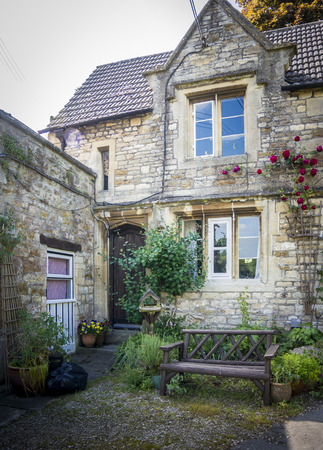 Typical Cotswold cottage, Cotswolds, Gloucestershire, UK Stock Photo