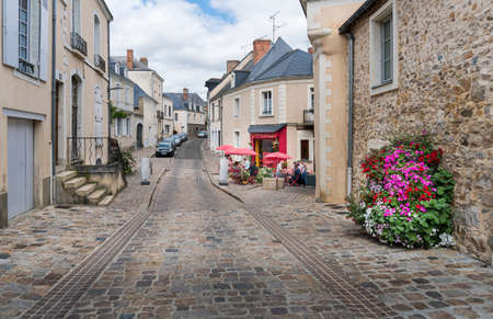 Street view of the town of Sable sur Sarthe, France 新闻类图片