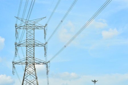 mea: Photos of high voltage poles