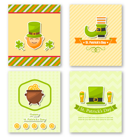 three leafed: Illustration Set Greeting Posters with Traditional Symbols for St. Patricks Day, Colorful Icons in Flat Style - Vector