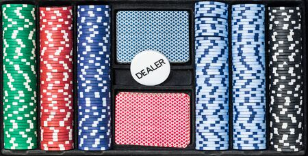Poker set with chips cards and dealer, top view Banque d'images - 134843054