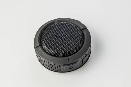 Round Bluetooth speaker on white background isolate Banque d'images - 134843131