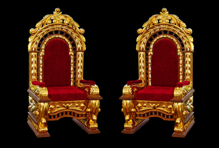 vermeil: Antique oak chairs coated with gold leaf after restoration