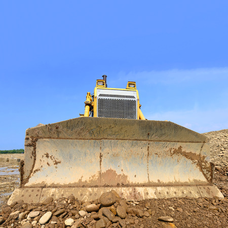 muck: The bulldozer on a building site