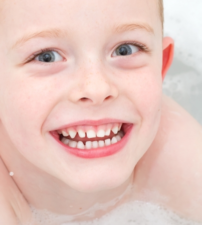 little boy washing in the bath Stock Photo - 17277134