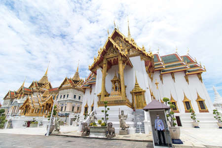 The Royal Grand Palace and Temple of the Emerald Buddha Bangkok, Thailand - June 18,2020 : Dusit Maha Prasat Throne Hall Editoriali