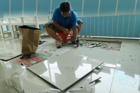 Homemade Replacing Floor Tiles The Man Was Broken And A Tile