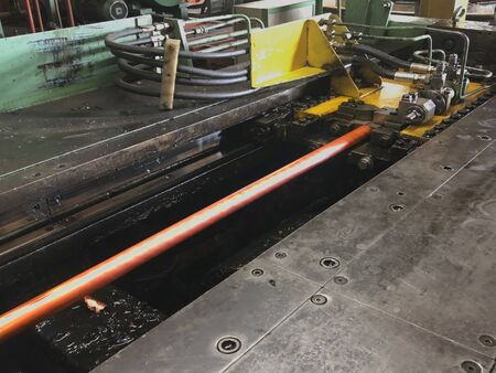 Copper tube from the melt machine is pulled out a rod holder with rolling machine