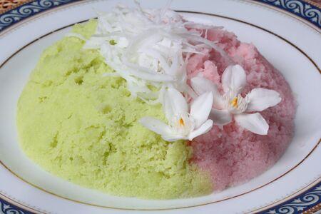 Thai popular dessert ,Steamed rice flour with toddy palm,call Kanom Kee Noo luk Tal in Thai. Foto de archivo - 130771538