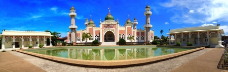 southern thailand: Pattani central mosque in southern thailand