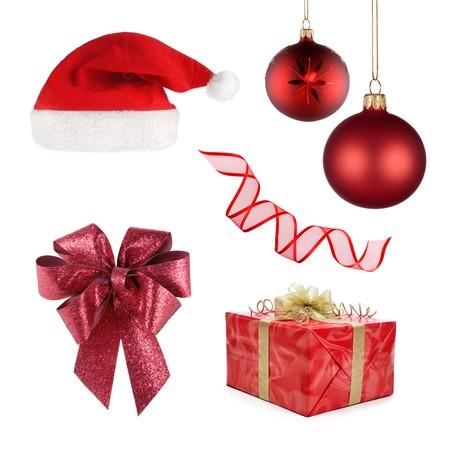 all in: Conjunto de objetos diferentes que representan a Navidad, todo en rojo aislado en blanco  Foto de archivo