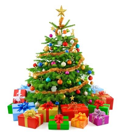 weihnachten zweig: Lush Weihnachtsbaum mit bunten Geschenkboxen Lizenzfreie Bilder