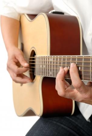 guitarra acustica: Guitarrista femenina