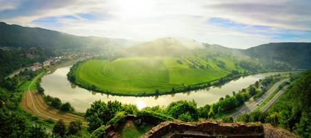 Aerial view on Neckar river winding its way through a green valley in Germany Imagens