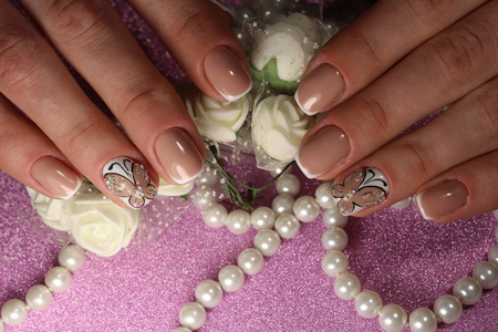 Unghie da manicure per la gioventù da donna Archivio Fotografico - 80714756