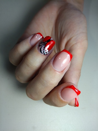 Here is presented one of the best manicure designs this years Nail