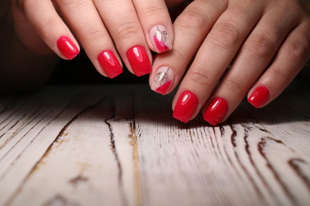 Amazing natural nails. Women's hands with clean manicure. Gel polish applied. Archivio Fotografico - 123592099